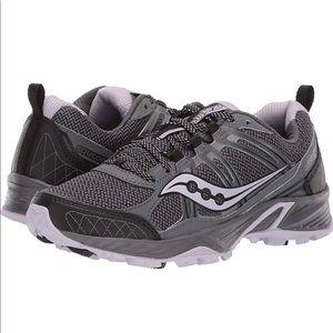 Saucony Women's Escape TR4 Black/Lavender Shoe 6.5